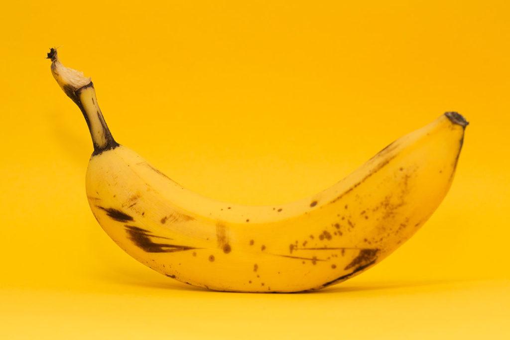 バナナを犬に与えても平気?いらない皮をあげるのはOK?