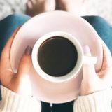 犬はコーヒーを飲んでも大丈夫なの?匂いをかがせても平気なの?